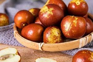 冰箱冷冻的冬枣能吃吗,冬枣从冰箱拿出来变红了怎么回事缩略图