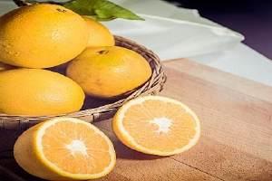 脐橙怎么挑选比较甜,脐橙怎么剥皮方便吃缩略图