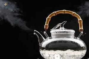 吃梨子喝开水会不会拉肚子,吃梨子喝热水会怎么样缩略图