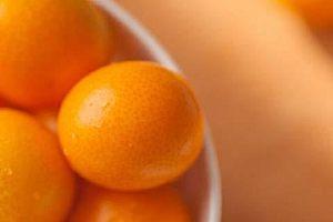 金桔生吃好还是熟吃好,吃金桔有什么好处缩略图