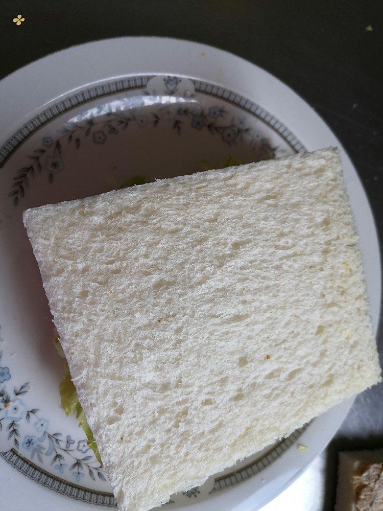 金枪鱼三明治的做法 步骤8