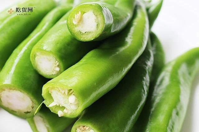 肉酿虎皮青椒的做法 步骤2
