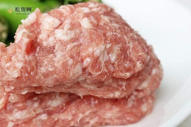 肉酿虎皮青椒的做法 步骤1