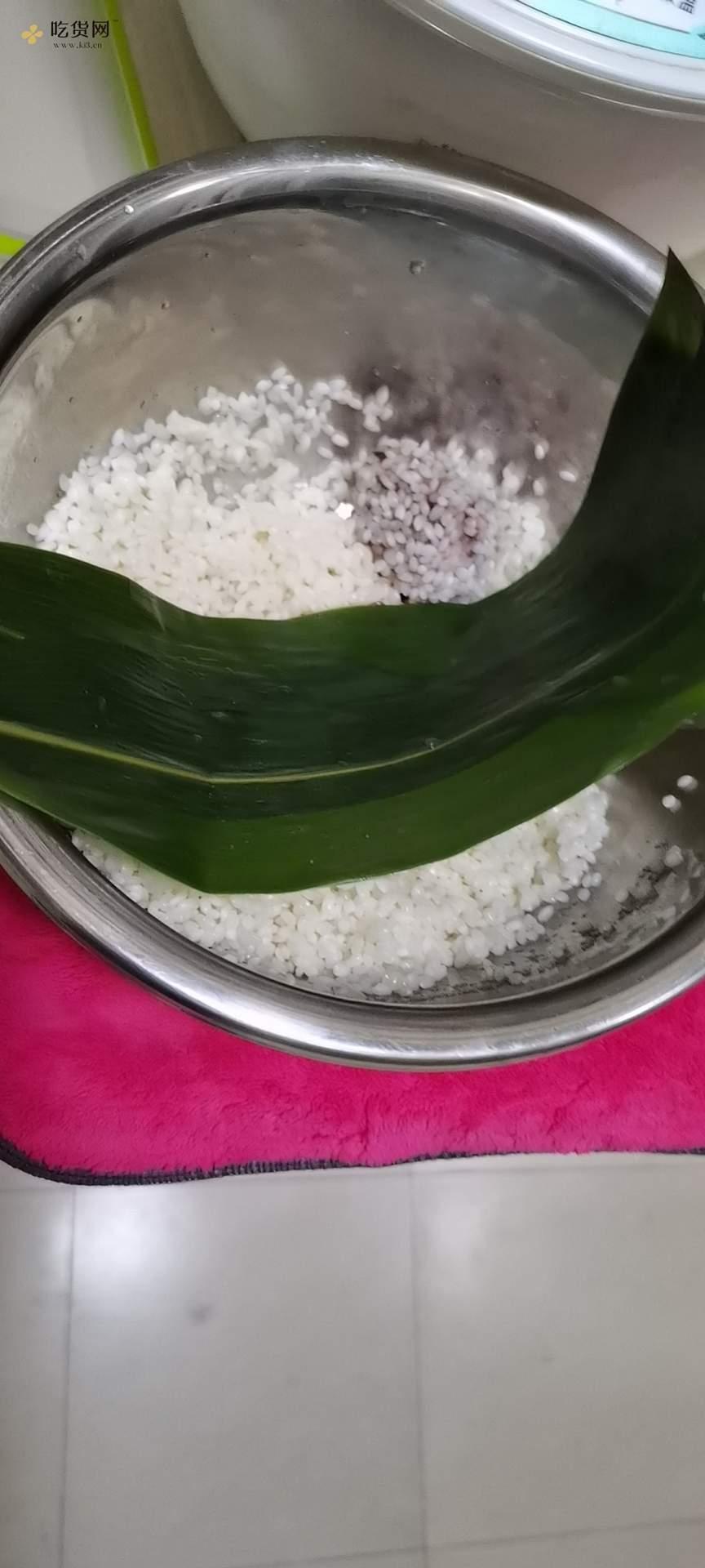 糯米红豆粽的做法 步骤4