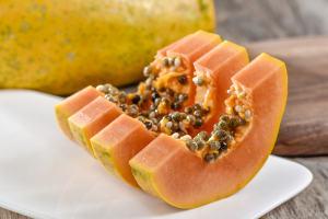 木瓜属于减肥水果吗,晚上吃木瓜减肥还是增肥缩略图