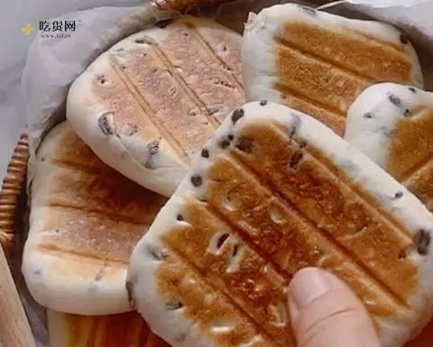 无油奶香蜜豆烤饼  这样做外皮酥脆   内里暄软   凉了都好吃   附细节视频的做法 步骤8