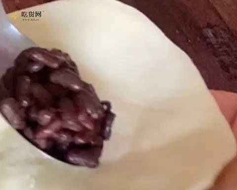 无油奶香蜜豆烤饼  这样做外皮酥脆   内里暄软   凉了都好吃   附细节视频的做法 步骤4