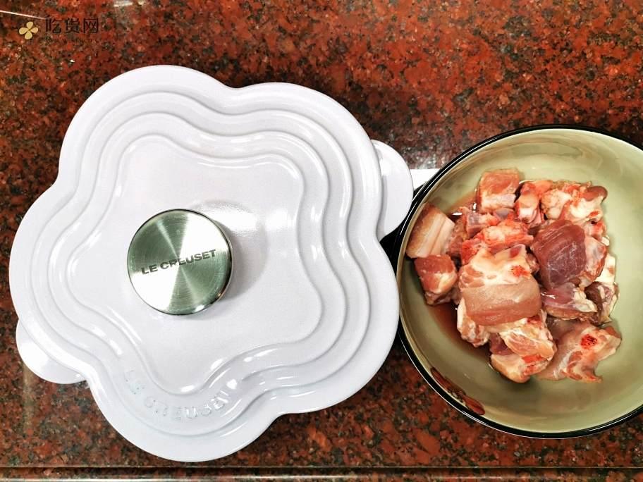 珐琅锅版糖醋排骨的做法 步骤1
