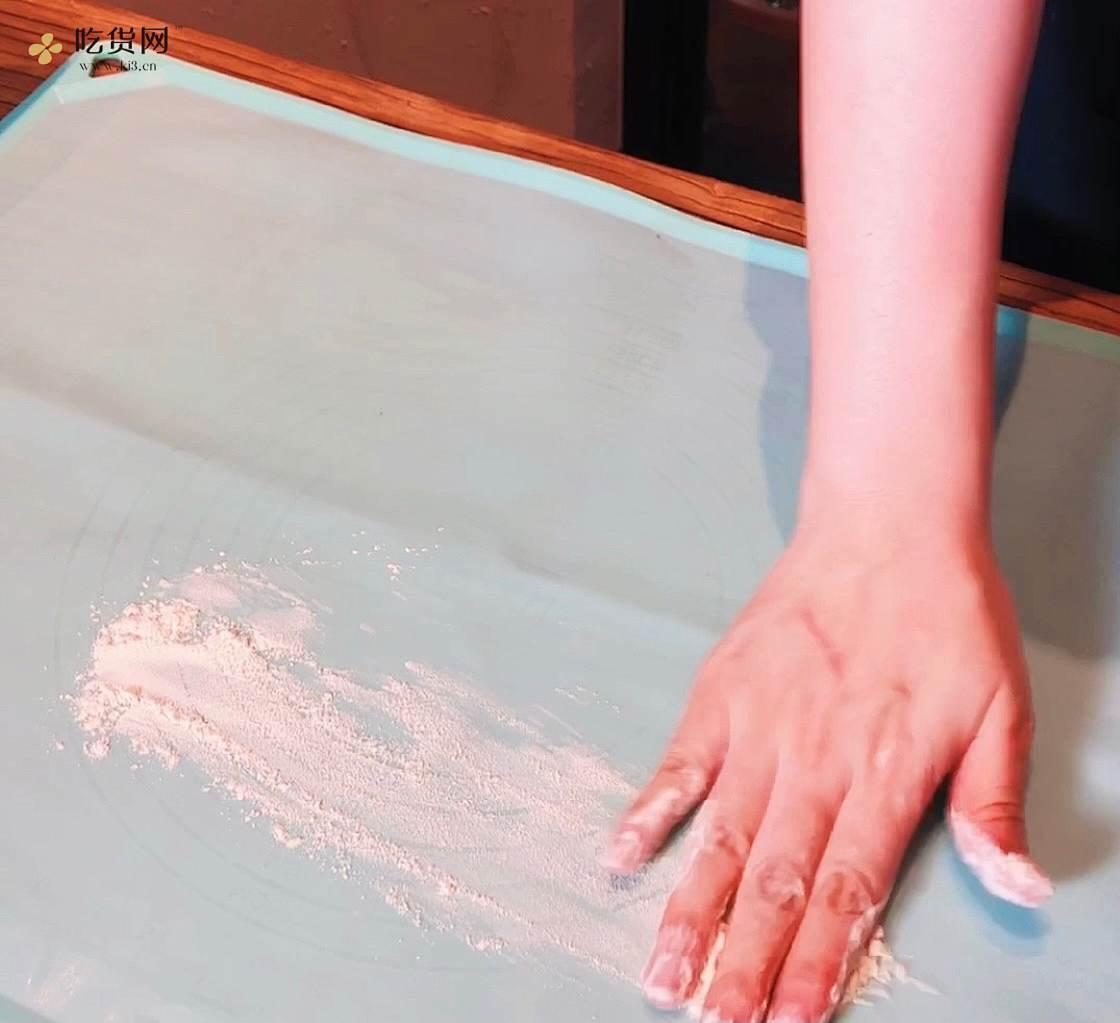 蜂蜜山药紫薯糕的做法 步骤4