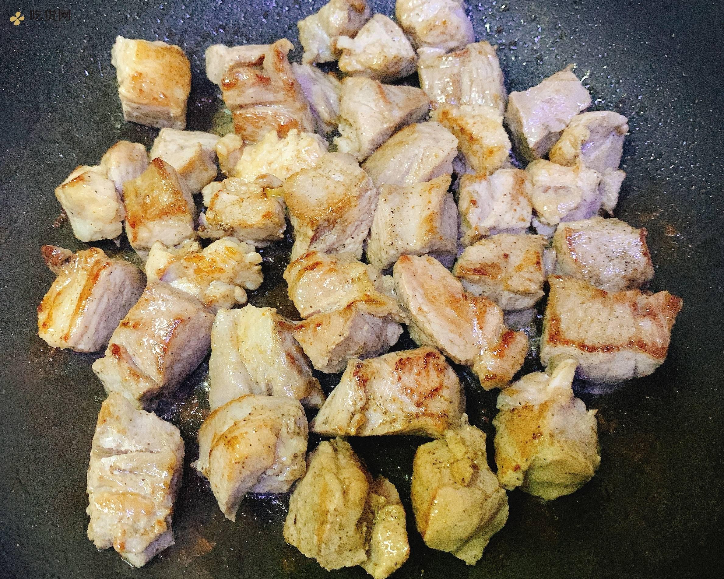 『有机酸菜&黑毛猪颈肉』——生酮饮食减肥餐的做法 步骤3