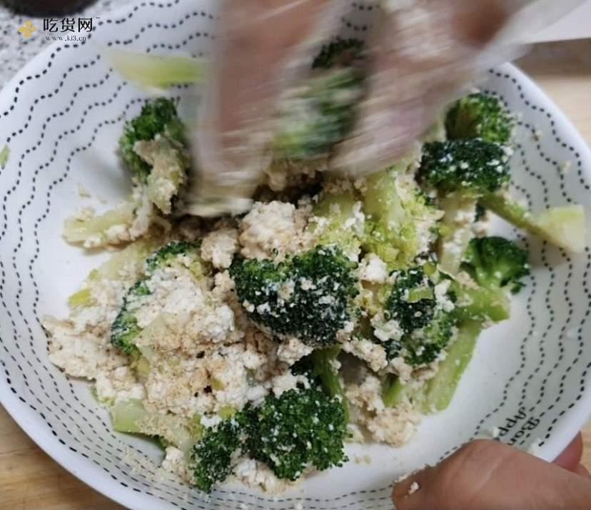 브로콜리 두부무침韩式凉拌西兰花豆腐不怕胖的减肥餐的做法 步骤8