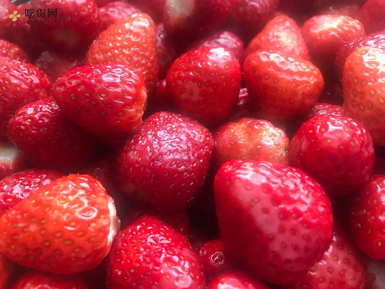 内含整颗🍓的自制草莓酱,吊打进口巨贵产品的做法 步骤2
