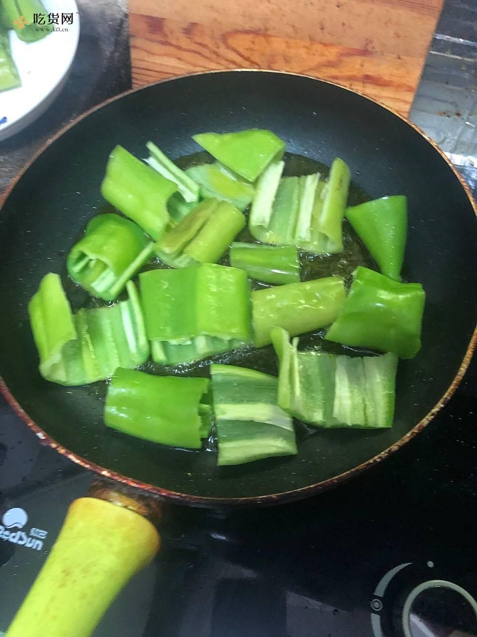 虎皮尖椒——照烧风味的做法 步骤1