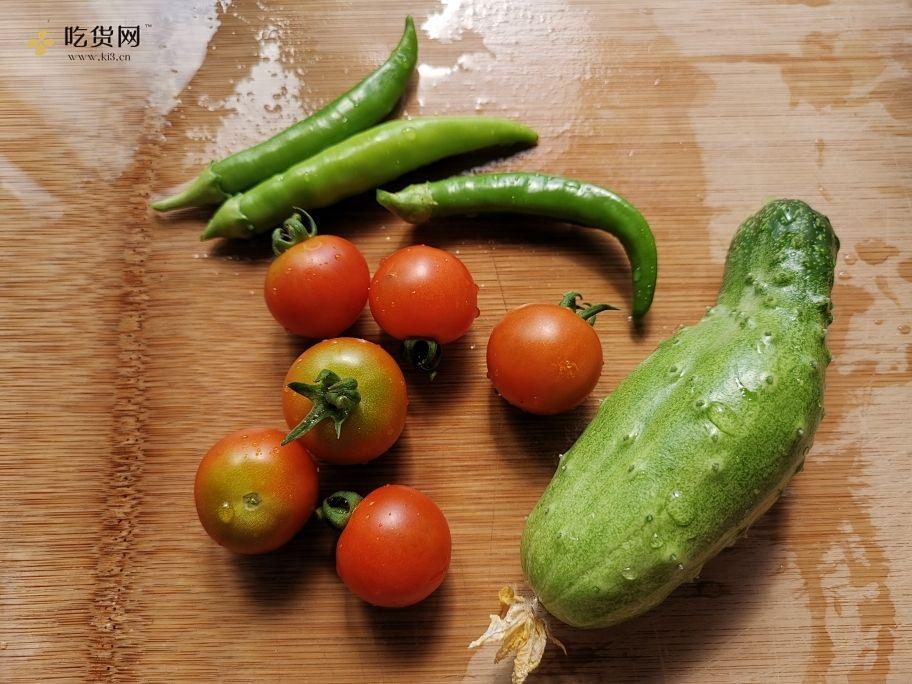营养丰富的低脂果蔬沙拉减肥餐的做法 步骤1