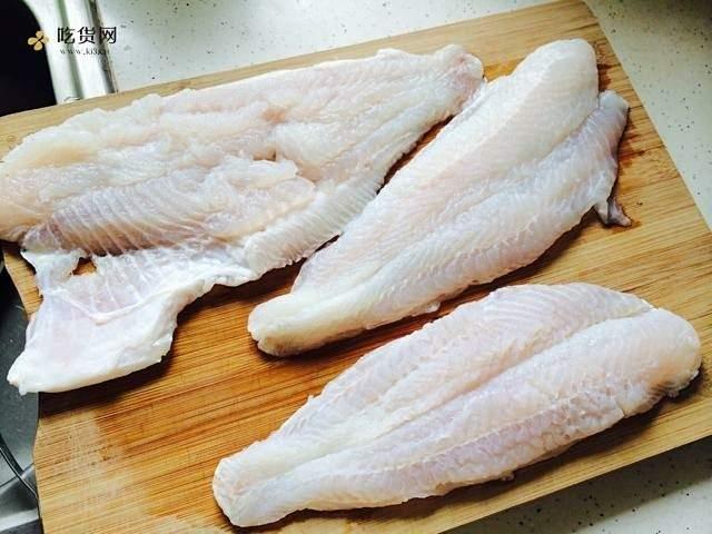 高蛋白减肥餐~番茄龙利鱼的做法 步骤1