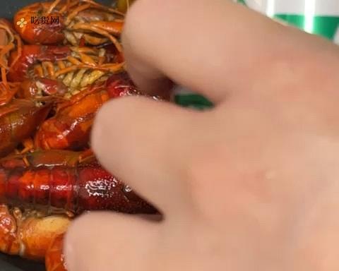 十三香味的麻辣小龙虾的做法 步骤6