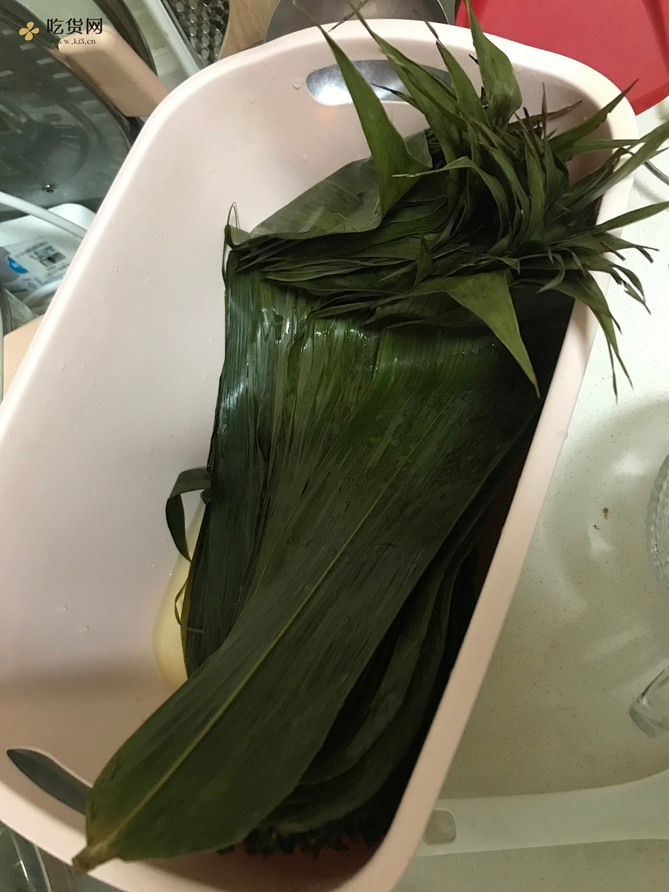 糯香的红枣花生红豆粽子的做法 步骤3