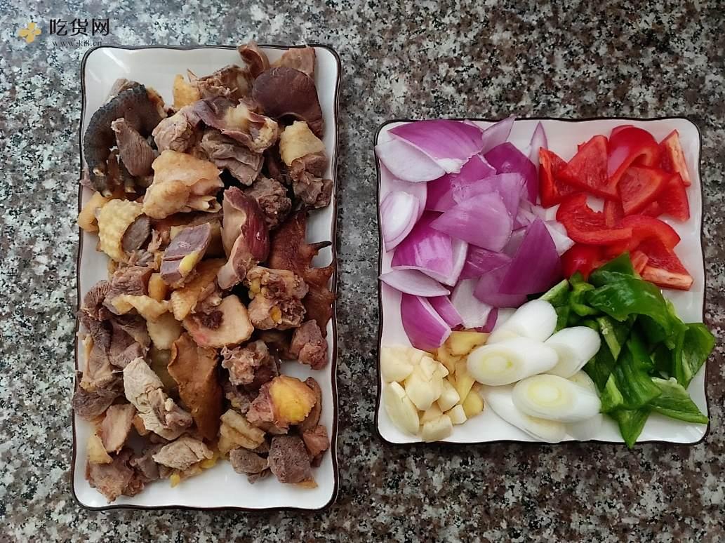 鸡肉垫卷子(超好吃焖面)的做法 步骤1