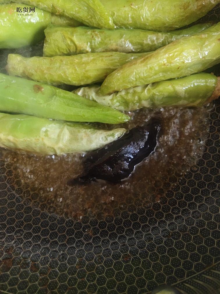 肉馅版虎皮辣椒的做法 步骤11