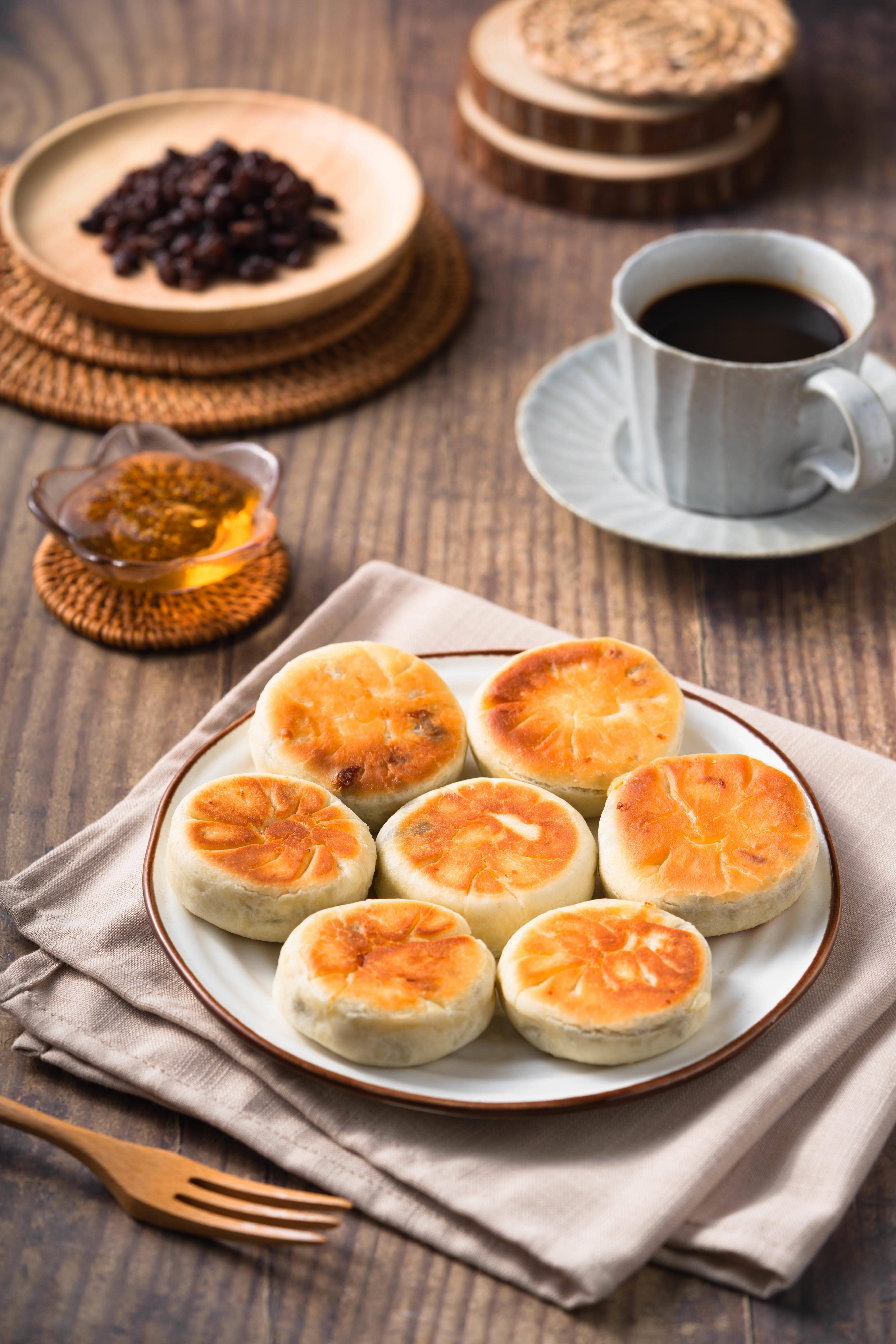 美味快手早餐~拉丝芝士红豆饼的做法 步骤10