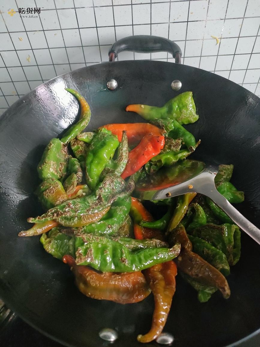 好吃的虎皮辣椒的做法 步骤2
